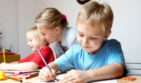 Zápis a jak na něj našeho předškoláka co nejlépe připravit 8. část – pozdravení